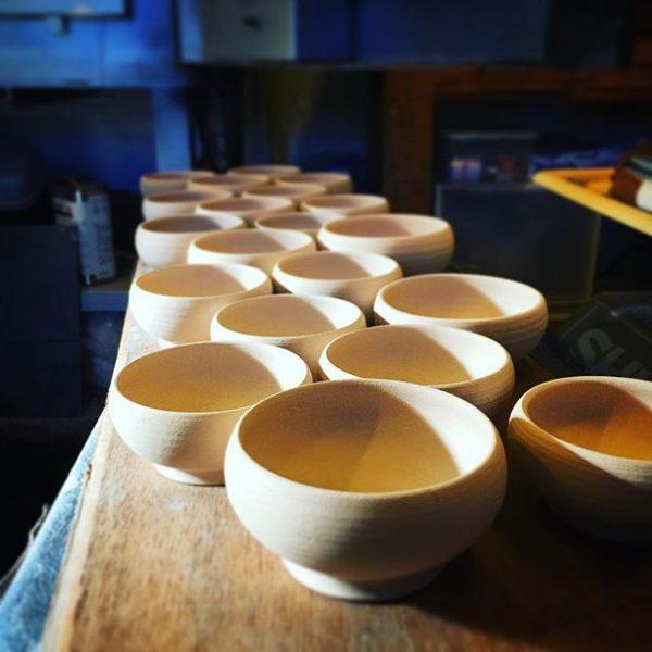 .おはようございます今日は定休日ですが朝から作業(^ ^)、、#小鉢#アトリエショップCOCOCO#コココ#COCOCO#紅型陶器#陶器 #陶芸#沖縄 #okinawa